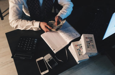 MONEY HABIT A BUSINESS OWNER SHOULD CULTIVATE